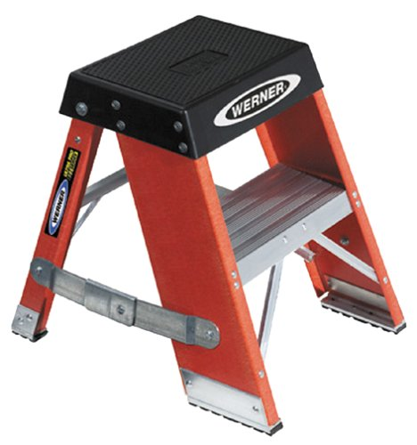 Werner SSF02 IAA Duty Rating Fiberglass Ladder