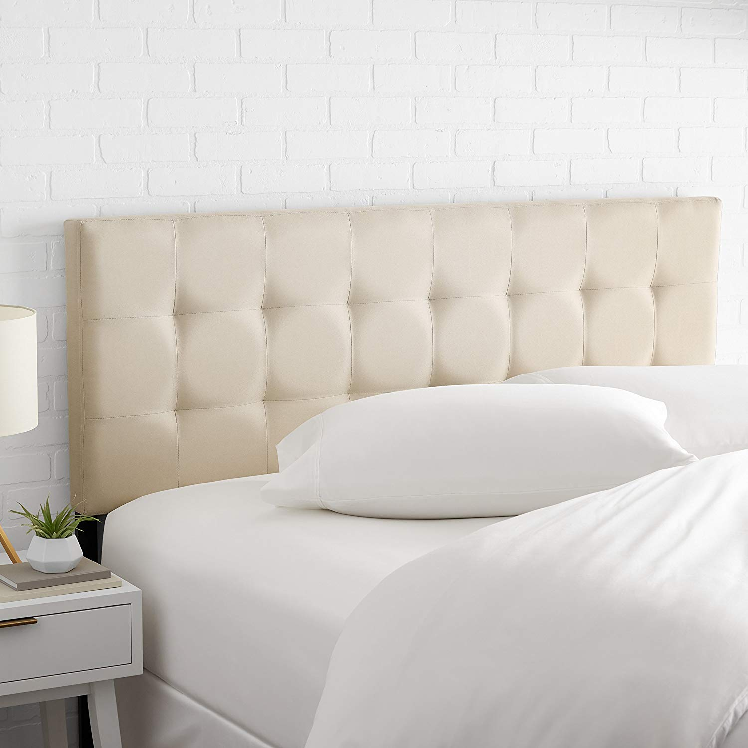 AmazonBasics Faux Linen Upholstered Queen Headboard